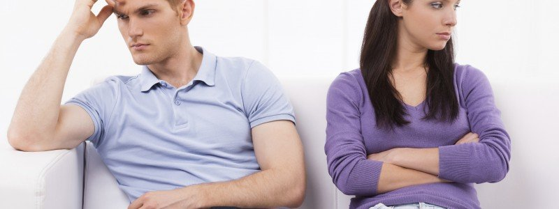 couple with relationship problems undergoing hypnotherapy